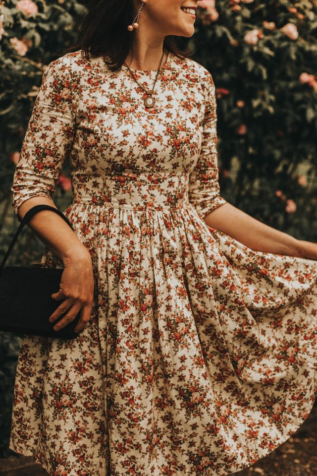 hearts and found, vintage inspired made to measure dresses, floral vintage inspired dress, floral dress, vintage floral, floral tea dress