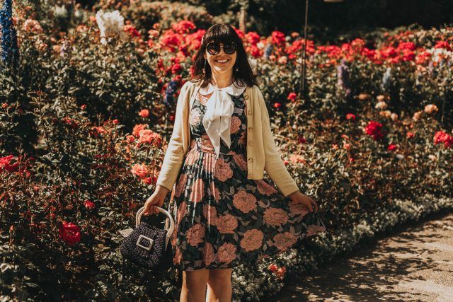 Butchart Gardens, Rose Garden, Summer 2019, Afternoon Tea, summer, Victoria, Unique Vintage, Unique Vintage 1960s Style Pink Floral & Large Ivory Bow Tie Marin Flare Dress, 1960s fashion