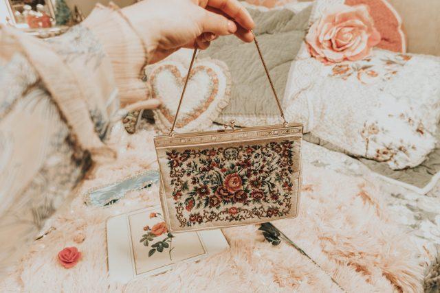 Vintage handbag collection, my vintage handbag collection, vintage purse haul, vintage purse
