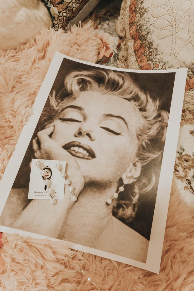 vintage inspired Old Hollywood jewelry, Old Hollywood costume jewelry, vintage inspired costume jewelry, Marilyn Monroe Earrings, Audrey Hepburn Roman holiday jewelry, Grace Kelly inspired jewellery, Sophia Loren inspired earrings