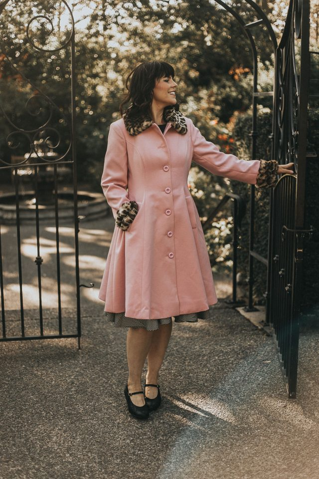 Hell Bunny, ROBINSON COAT, vintage inspired fashion, vintage inspired fall fashion