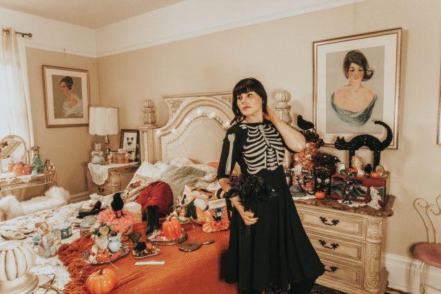 unique vintage, unique vintage Halloween fashion haul, halloween fashion haul, vintage halloween fashion vintage halloween