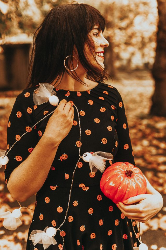 Unique Vintage Black & Orange Pumpkin Patch Knit Flare Dress, Halloween Fashion, Vintage Halloween Fashion, Vintage Style,
