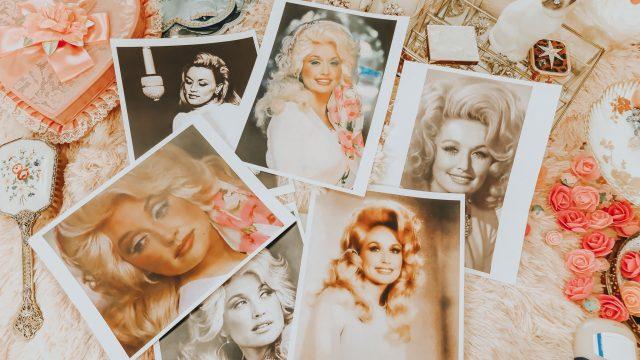Dolly Parton, Dolly Parton's Favorite Beauty Products, Dolly Parton Beauty Secrets, Dolly Parton Beauty Tips