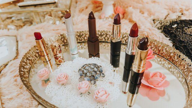 1920s Lipstick shades, 1920s lipstick shades, 1920s makeup, 1920a drugstore lipstick dupes, besame cosmetics