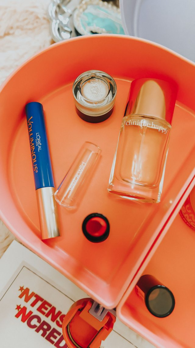 1990s beauty products you can still buy today, 1990s makeup, 1990s cosmetics, popular 1990s cosmetics, popular 1990s beauty products