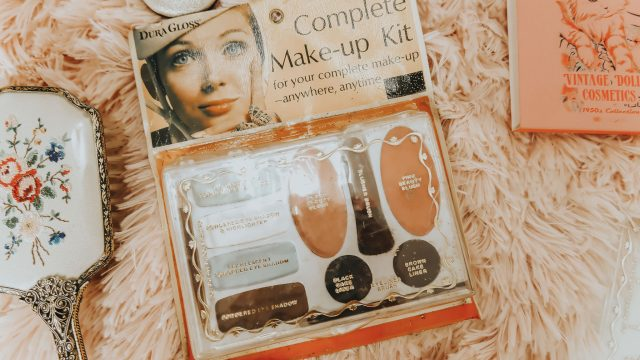 testing out my vintage makeup, vintage makeup collection, vintage makeup, vintage 1960s eyeshadow, swatching vintage makeup, 1960s makeup, vintage makeup,