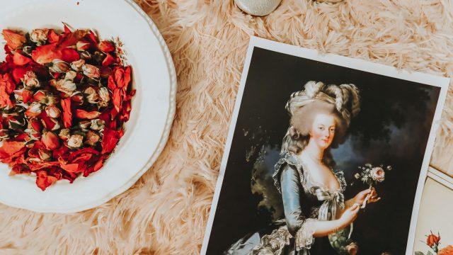 Marie Antoinettes favorite beauty products, Marie Antoinette beauty secrets, Marie Antoinette, Marie Antoinette Perfume