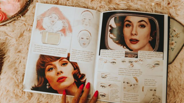 Suzy Parker's Guide to Daily Beauty, Suzy Parker, 1960s makeup, 1960s beauty routine, Vintage Doll Cosmetics, Vintage inspired makeup