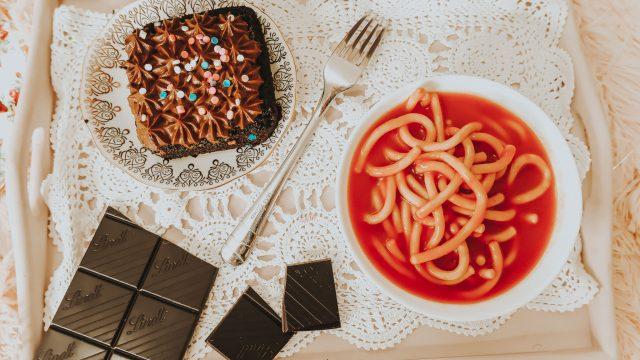 Audrey hepburn's diet, Audrey Hepburn's recipes, audrey hepburn cook book, audrey hepburn pasta, audrey hepburn's favorite foods