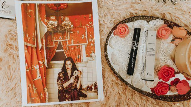 Dita Von Teese, Dita Von Teese's favorite luxury beauty products, Dita Von Teese Makeup, Dita von Teese's favorite perfume, Dita Von Teese favorite makeup,