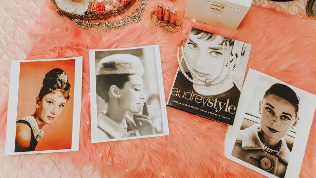 15 ways to live like Audrey Hepburn in 2020, Audrey Hepburn's favorite things, Audrey Hepburn fashion, Audrey Hepburn perfume, Audrey hepburn recipes, Audrey hepburn style