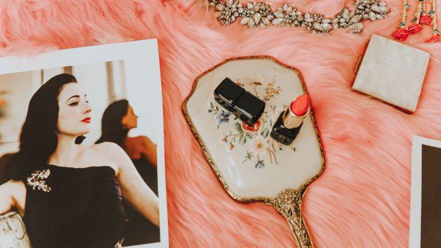 Dita von Teese's favorite Red Lipsticks, Dita Von Teese Makeup, Dita von Teese's favorite beauty products