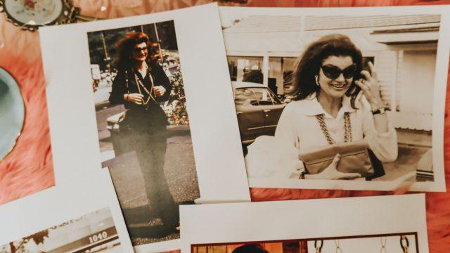 15 ways to live Like Jackie Kennedy, Jackie Kennedy Fashion, Jackie Kennedy's favorite beauty products, Jackie Kennedy's favorite beauty products, Jackie Kennedy beauty routine