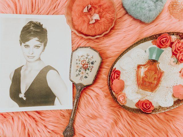 Old Hollywood Perfumes, vintage perfumes you can still buy today, pop old hollywood perfumes, Old hollywood oscar winners, Old Hollywood best actress winner